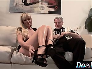 blondie mummy romps in front of her spouse