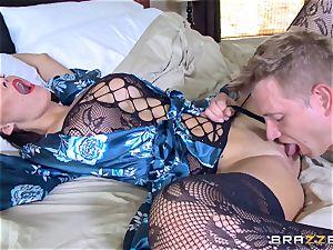 cuckold wife Peta Jensen poon thrashed by Bill Bailey