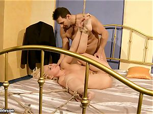 super-hot Kathia Nobili gets her coochie filled with pipe