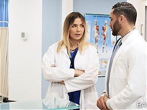 doc and nurse Blair Williams fuck in clinic