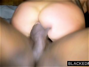BLACKEDRAW wife likes the World's largest bbc in motel apartment