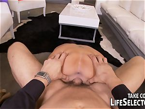 P.I. gets involved in a lustful case