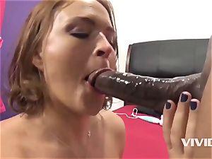 Krissy Lynn Gets A firm bbc In Her puss