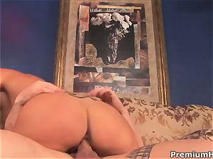 Darryl Hanah filling her slit with a hard man meat