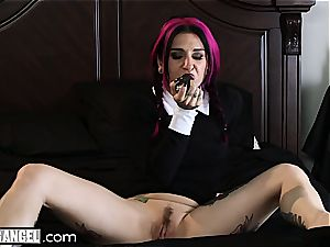 Wednesday Addams gets taut butt hole boned