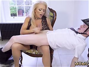 amateur chick buttfuck Having Her Way With A beginner