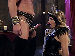 Mean princess Jessica Drake in scorching penetrating parody