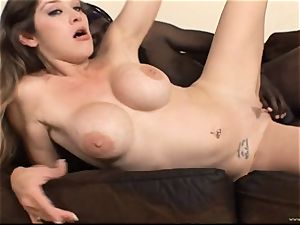 Randy babe Felony juggles her puss on this large man meat