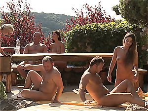 Outdoor hookup fun and porn games episode 3