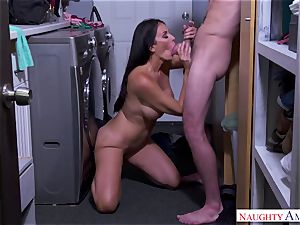 busty mommy loves lovemaking