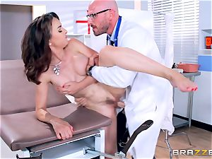 Cytherea is left drizzling as she visits the physician