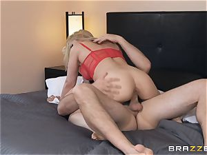 Sarah Vandella rails hard on top