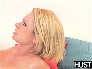 beauty milf Briana Banks gash eaten and toyed with