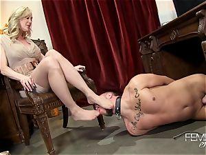 nasty phat bosses Headmistress Brandi love predominates her employee in the office