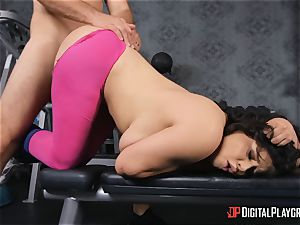 JMac penetrates stunner in the gym