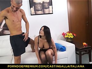 casting ALLA ITALIANA - Blue-eyed girl gets booty boinked