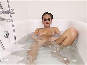 hotty draws her bath and the bath gets sloppy