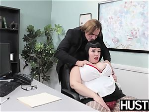 Angelic plus-size Alexxis Allure fed cum after pecker hitting