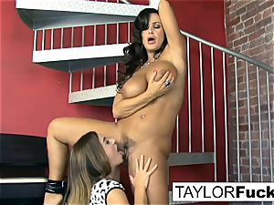 Taylor Vixen Gets horny With Lisa Ann