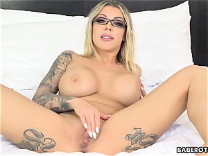 horny Karma RX fucktoys her bootie with a fuck stick solo