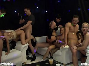 Lonely damsels come here to get their cootchies fucked