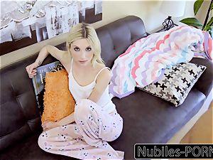 NubilesPorn - teenager Piper Perri screws Moms beau