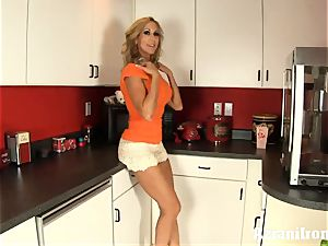 Brandi love disrobes, chats messy and thumbs herself