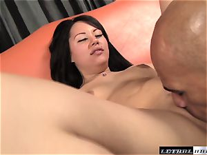Tina Lee plowed by a enormous dark-hued shaft