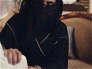 Arab wifey disciplined by kinky spouse