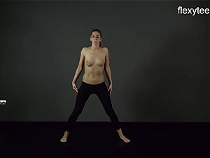 FlexyTeens - Zina displays pliable nude figure