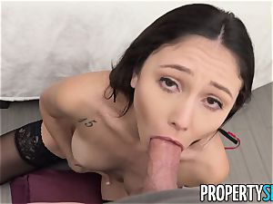 PropertySex Ariana Marie enjoying The Christmas hump