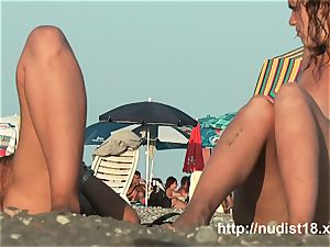 bare beach spycam shoots sweethearts with a hidden cam