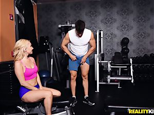 Aaliyah love humped in the gym with dangled spanish stud