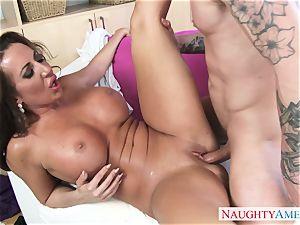super hot mature gal Richelle Ryan seduces her horny stepson