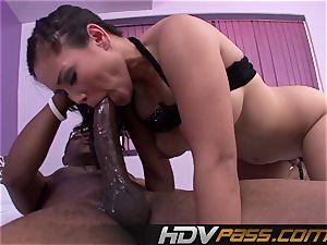 HDVPass Jessica Bangkok luvs hefty dark-hued sausages