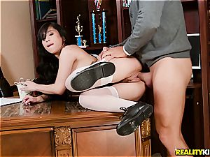 Jade Kush gets a intimate dicking lesson from her parent
