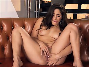 Abella Danger making her delicious cootchie jizm