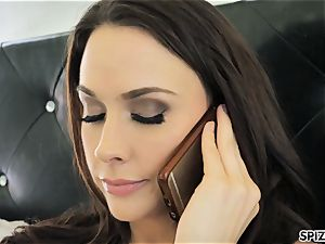 Spizoo - observe Chanel Preston gargling and penetrating