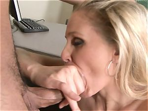 Julia Ann is a gonzo mummy who wants to put her cunny on a firm meatpipe