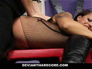DeviantHardcore - spectacular cougar puss bashing