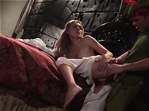 Keira Nicole takes a manmeat battering in this mind-blowing parody