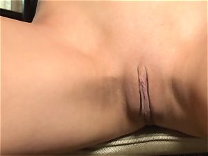 blonde Heaver pumps her humid fuck hole