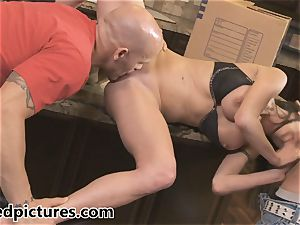 Veronica Avluv gets her vengeance with a scorching 3some