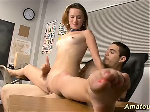 Flexi college girl likes acrobatic fucky-fucky