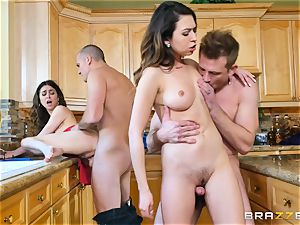 Riley Reid and Melissa Moore have fun with each others boyfriends