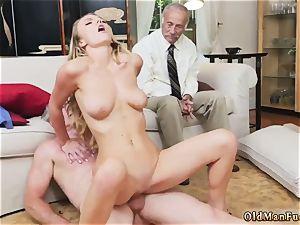 girl crushing dude Molly Earns Her Keep